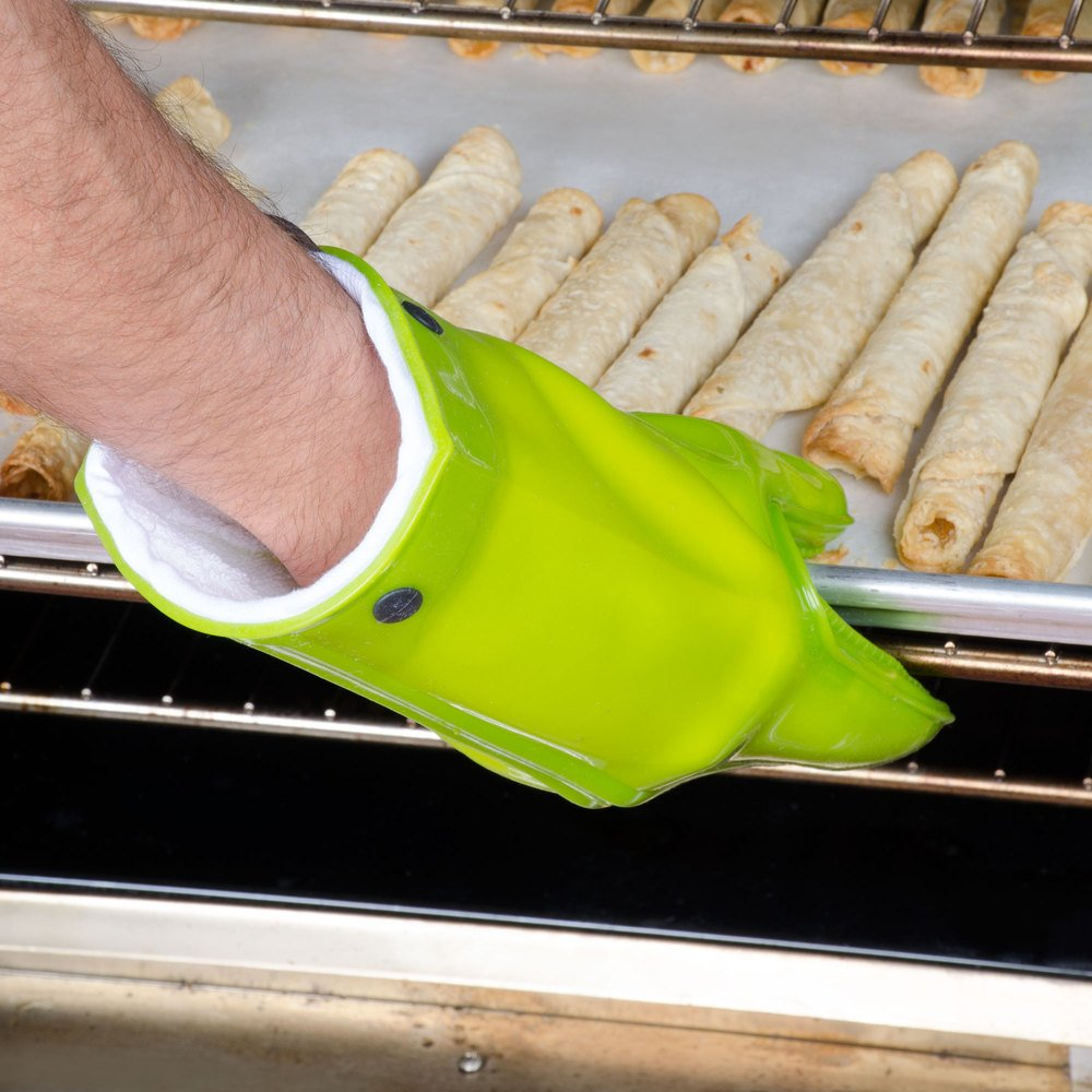 "11"" Green Silicone Oven Mitt with Cotton Lining"