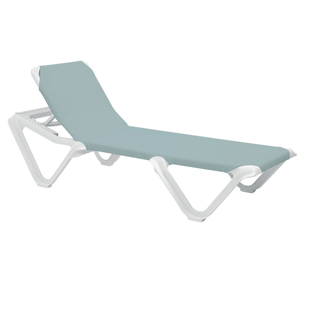 Grosfillex 99101550 us101550 nautical white spa blue for Blue sling chaise lounge