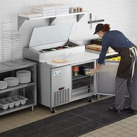Avantco SSPPT-1 44 inch 1 Door Refrigerated Pizza Prep Table