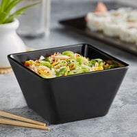 Acopa Rittenhouse 20 oz. Square Black Melamine Bowl - 12/Case