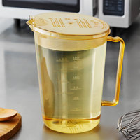 Cambro 4 Qt. High Heat Amber Measuring Cup with Splatterproof Cover