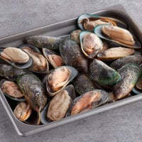 Talley's 2 lb. Cooked Greenshell Mussels on the Half Shell - 12/Case