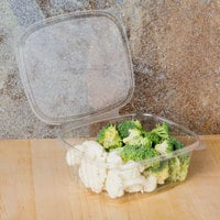 Genpak AD32 32 oz. Clear Hinged Deli Container - 200/Case