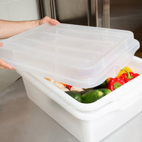 Vollrath 1500-C13 Traex® Color-Mate Clear Raised Snap-On Food Storage Box Lid - 20 inch x 15 inch x 2 1/2 inch