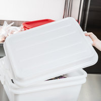 Vollrath 1500-C05 Traex® Color-Mate White Raised Snap-On Bus Tub / Food Storage Box Lid - 20 inch x 15 inch x 2 1/2 inch